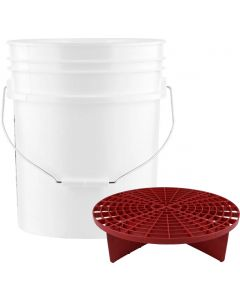 White 5 Gallon Wash Bucket With Red Grit Guard Insert