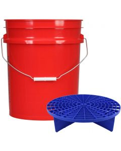Red 5 Gallon Wash Bucket With Blue Grit Guard Insert
