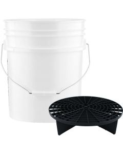 White 5 Gallon Wash Bucket With Black Grit Guard Insert